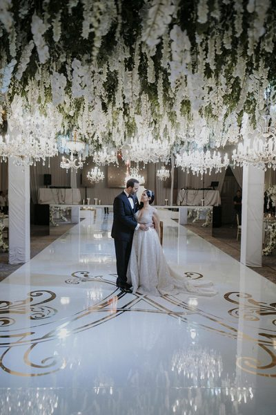 Timeless elegant wedding