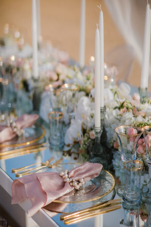 Stunning styled shoot next to the beach